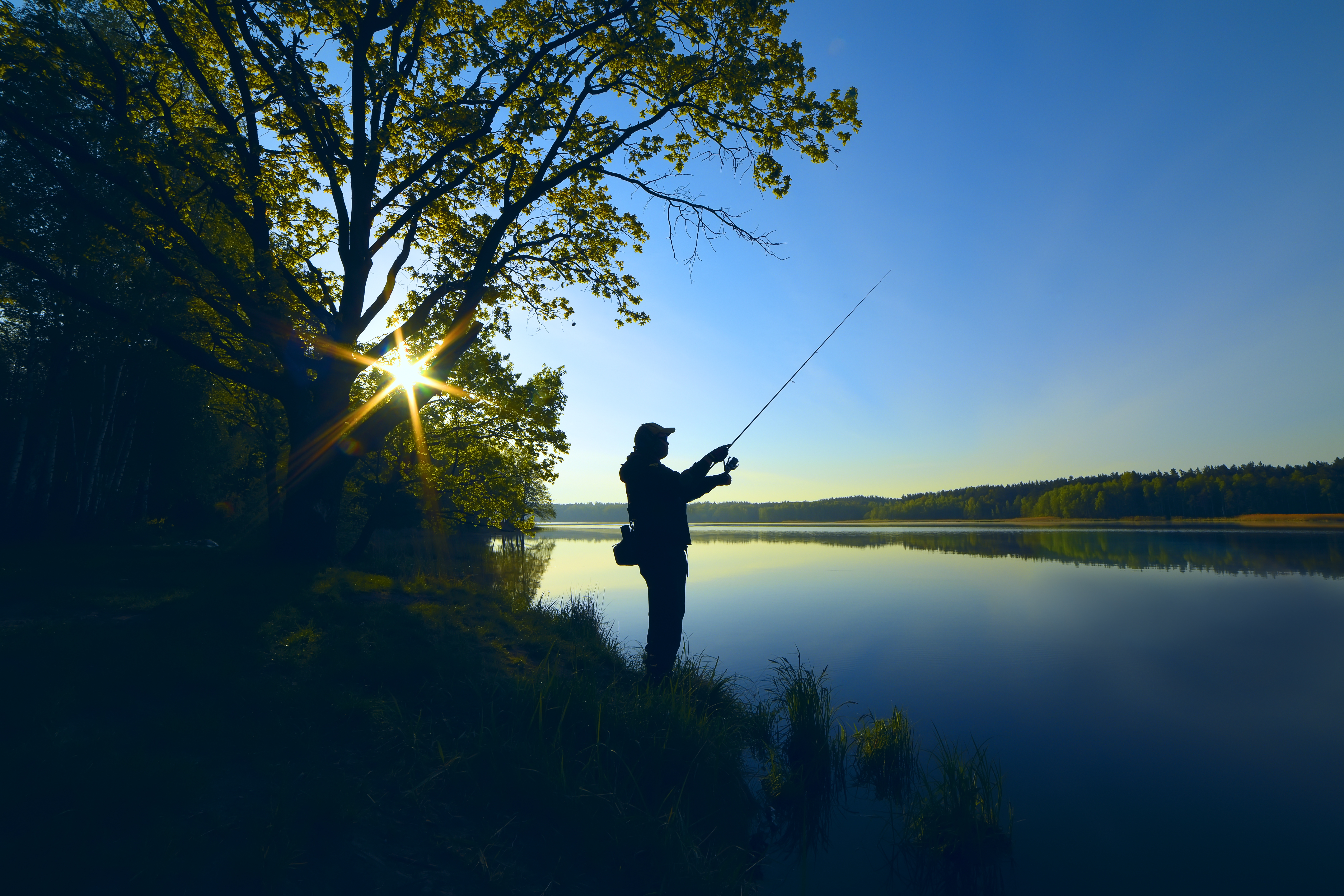 Fishing on the edge of La Loue in the Jura